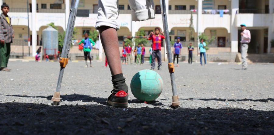 Rafik un héroe de quince años en Yemen